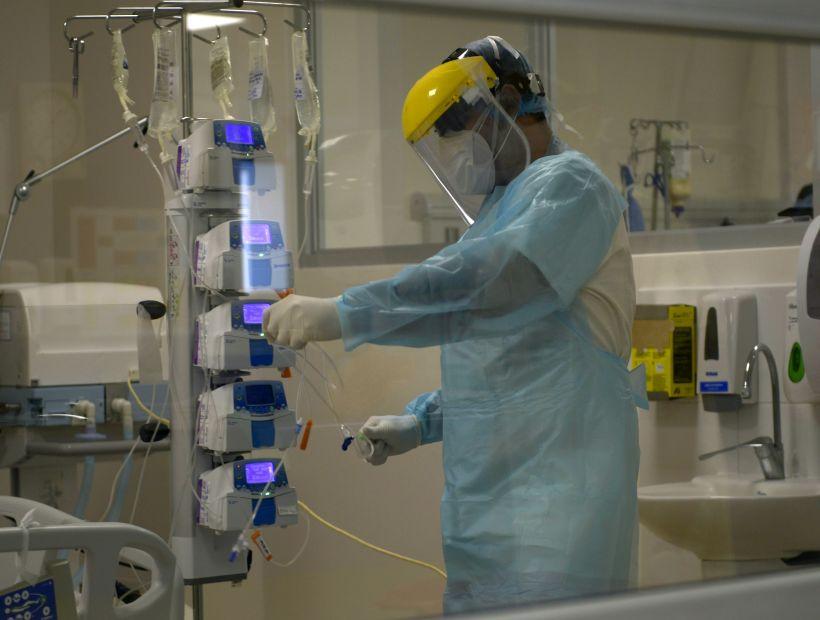 IQUIQUE: Labor en ‡rea cr'tica de Covid del Hospital